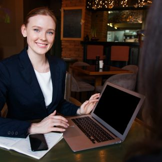 Learn how to become a freelance writer for business blogs and SEO - work at home jobs (the Career Academy)